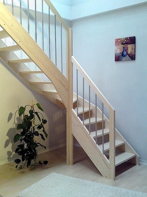 wangentreppe fichte 1 4 wendelung mit gel nder sprossen rechteckstab oder r ebay. Black Bedroom Furniture Sets. Home Design Ideas